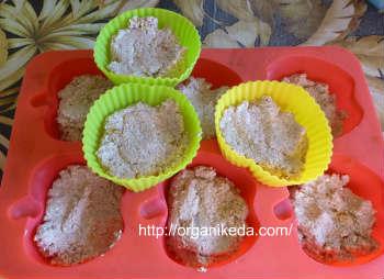 Сырники в духовке пошаговый рецепт с фото_разложить сырники по силиконовым формочкам