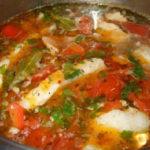Рыбный суп из красной рыбы-рецепт_ в кастрюле