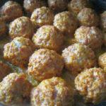 Как приготовить тефтели из фарша с рисом_в сливочном соусе