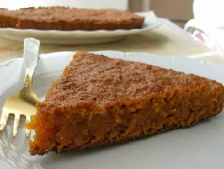 Яблочный пирог с манкой и сливочным маслом_рецепт