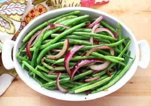 _салат из лука и спаржевой фасоли