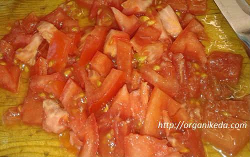 _кубики помидор