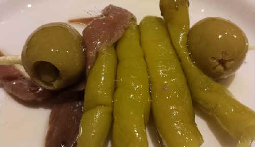 Анчоусы что это такое фото_с оливками