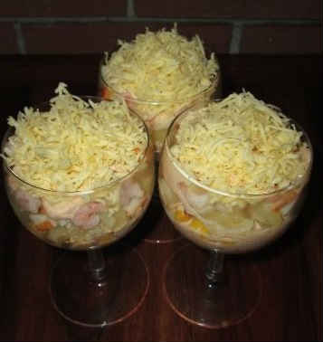 Salaty s krabovymi palochkami vkusnye novye prostye11