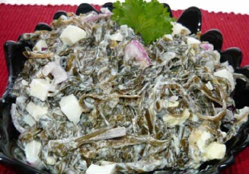 Salat Neptun s kal'marami i krabovymi palochkami4