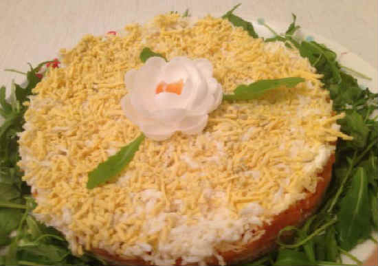 Salat Mimoza s pechen'ju treski3