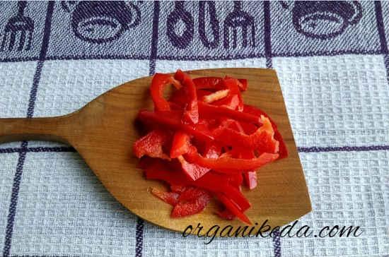 Salat s kopchenoj skumbriej7