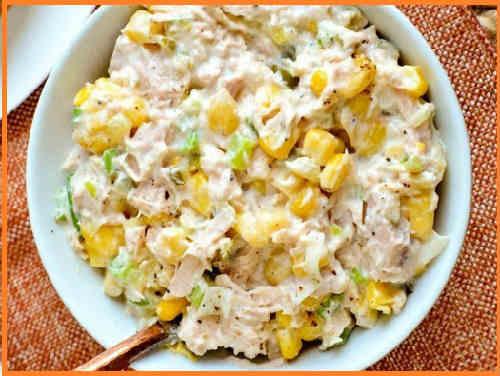 Salat s tuncom konservirovannym klassicheskij recept6