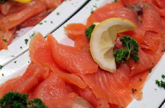 Как посолить лосось в домашних условиях вкусно