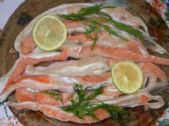 Kak posolit' losos' v domashnih usloviyah vkusno4