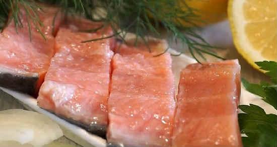 Kak posolit' losos' v domashnih usloviyah vkusno7