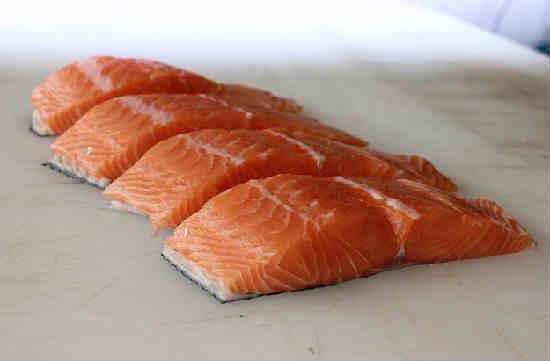 Kak posolit' losos' v domashnih usloviyah vkusno8