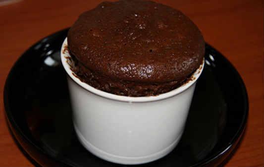 Шоколадный кекс в кружке в микроволновке_как сделать