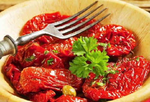 Kak-prigotovit-vjalenye-pomidory2