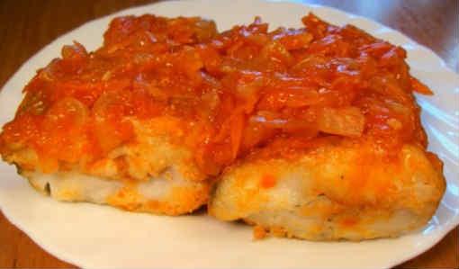 _жареный минтай под маринадом из моркови и лука