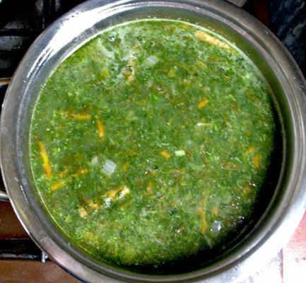 Zelenyj borshh so shhavelem i jajcom recepty9