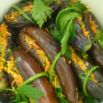 Квашенные баклажаны с морковью и чесноком