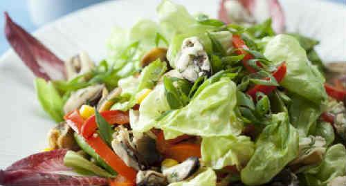 Salat s midijami konservirovannymi1