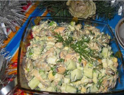 Salat s midijami konservirovannymi3