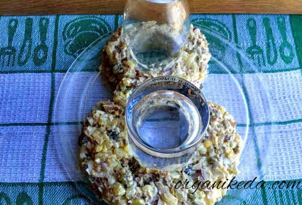 Salat na 8 marta s foto recept9