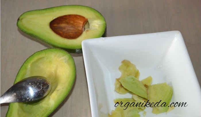Salat s avokado i tuncom3