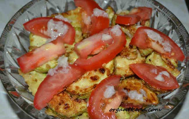 Salat iz kabachkov i pomidorov8