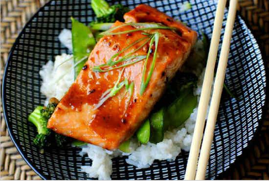 Как приготовить лосось в фольге запеченный в духовке