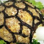 Салат Черепашка с курицей и грецкими орехами
