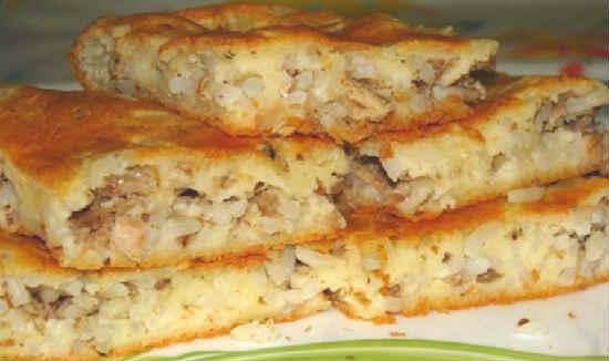 Пирог с сайрой консервированной