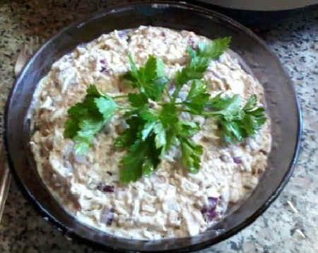 Salat s sajroj konservirovannoj recept4