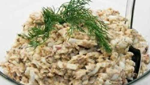 Salat s sajroj konservirovannoj recept5