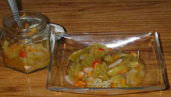Recept salata iz zelenyh pomidor na zimu