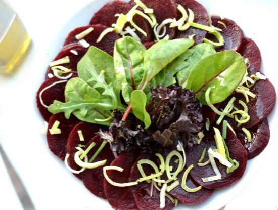 Salat so svekloj i chernoslivom11