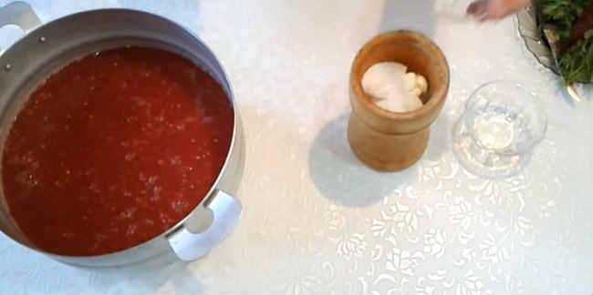 Klassicheskie recepty sousa sacebeli na zimu11