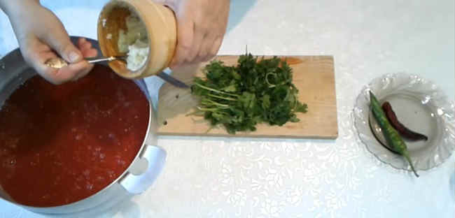 Klassicheskie recepty sousa sacebeli na zimu12