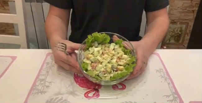 Salat s semgoj slabosolenoj20