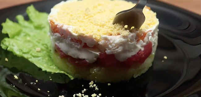 Salat s semgoj slabosolenoj55