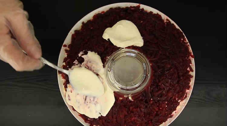 Kak prigotovit' salat Granatovyj braslet7