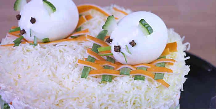 Salat Myshka na novyj god21