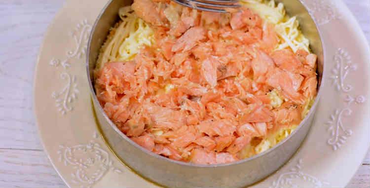 Legkij salat Mimoza k Novomu godu7