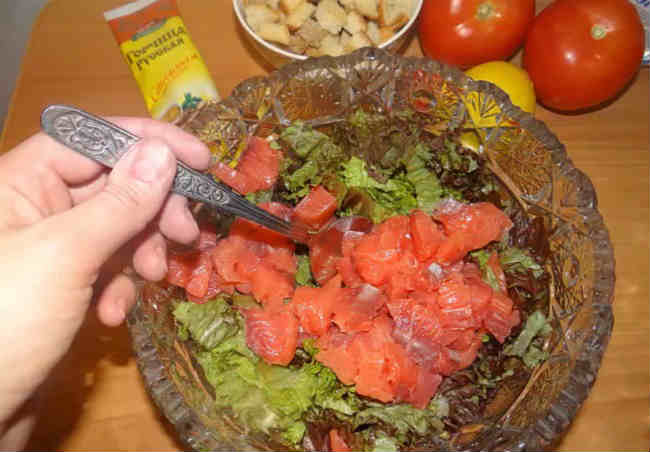 Salat Cezar' s semgoj16