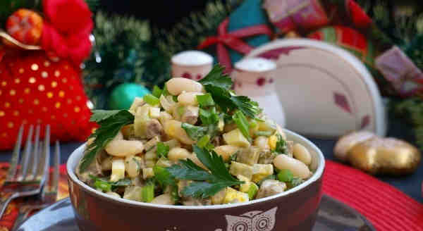 Salat Damskij kapriz37