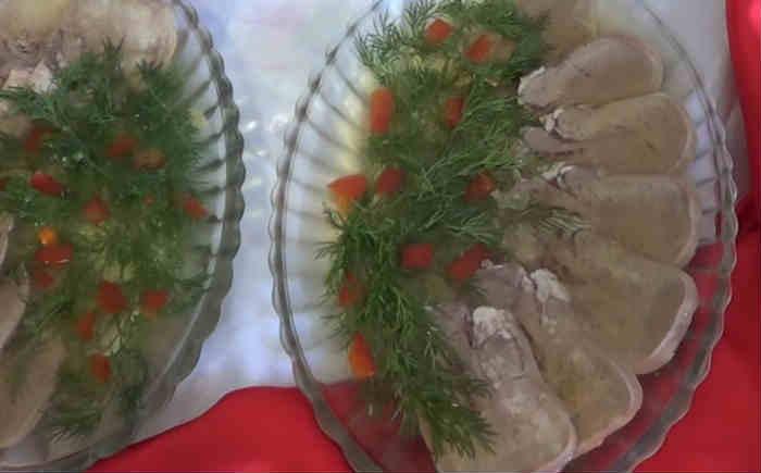 Заливное из свиного языка: 3 пошаговых очень вкусных фоторецепта