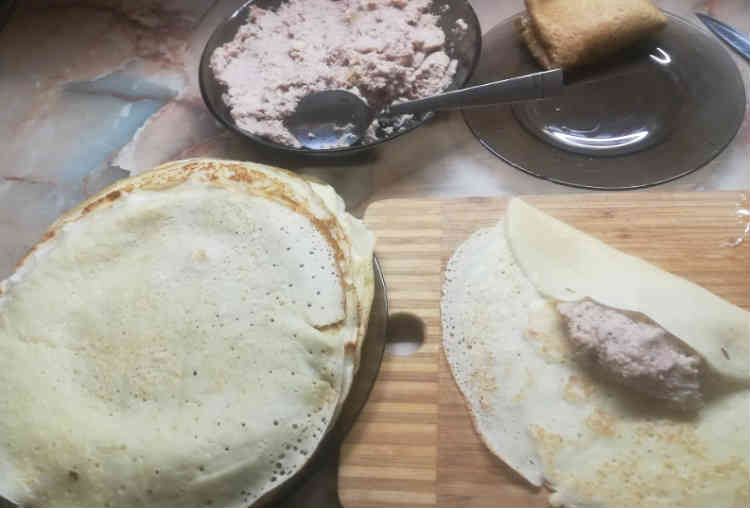 Blinchiki s myasom recept s kurinym farshem7