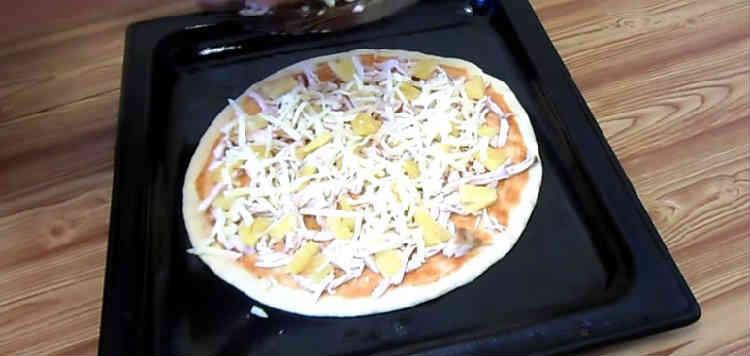 Picca s kuricej i ananasami28