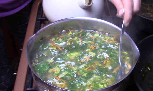 Sup s krapivoj i yajcom12