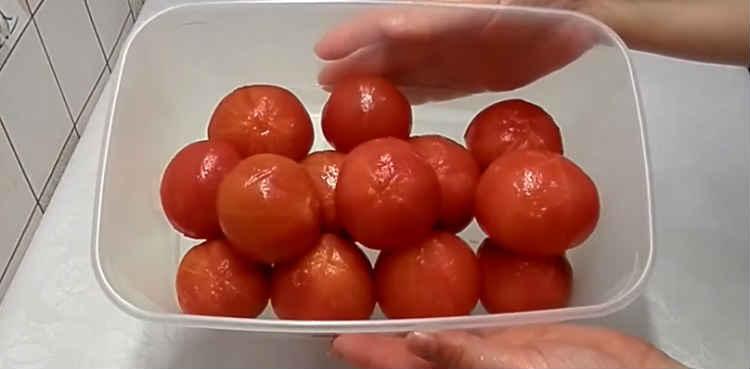 Pomidory v sobstvennom soku25