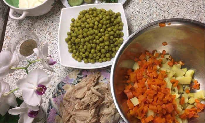 Salat oliv'e s kuricej18