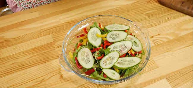 Samye vkusnye salaty s krevetkami17