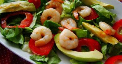 Самые вкусные салаты с креветками